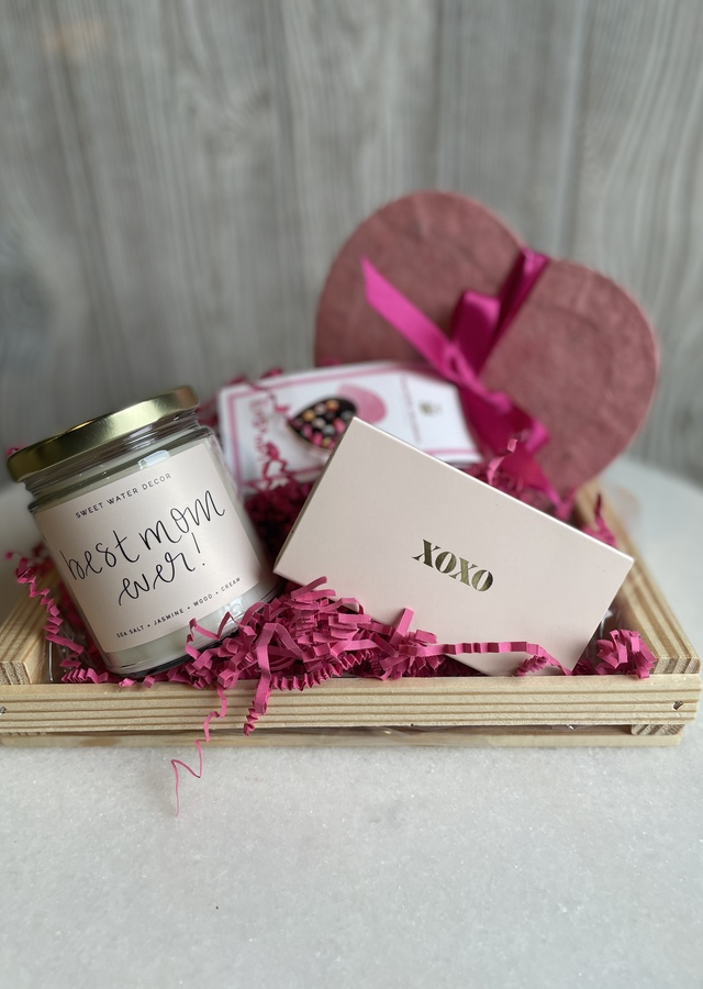 Best Mom Ever Gift Set by The Flower Alley