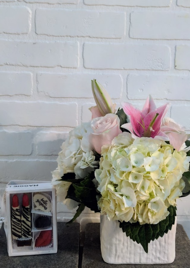 Hello Gorgeous- Sweetest Day Combo by The Flower Alley